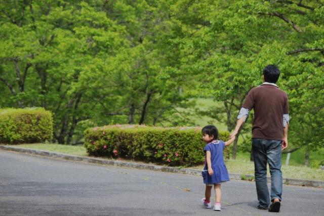 子供の歩く距離の目安は?子供と散歩しよう♪