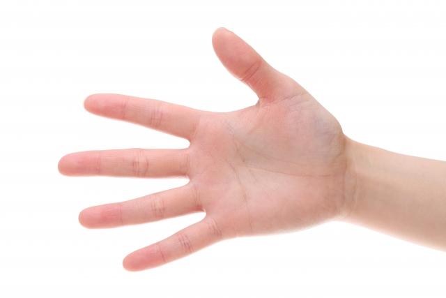 気になる右手の薬指のしびれにはこんな病気が隠れています!